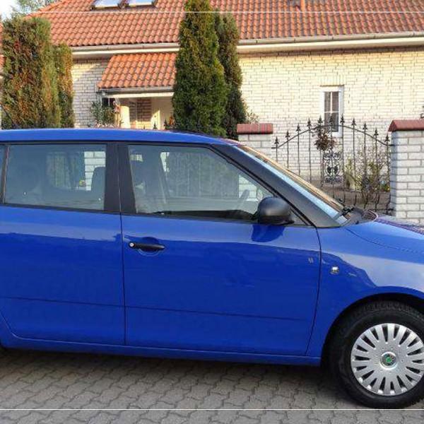 Auto, niebieskie - Marzenie 1.